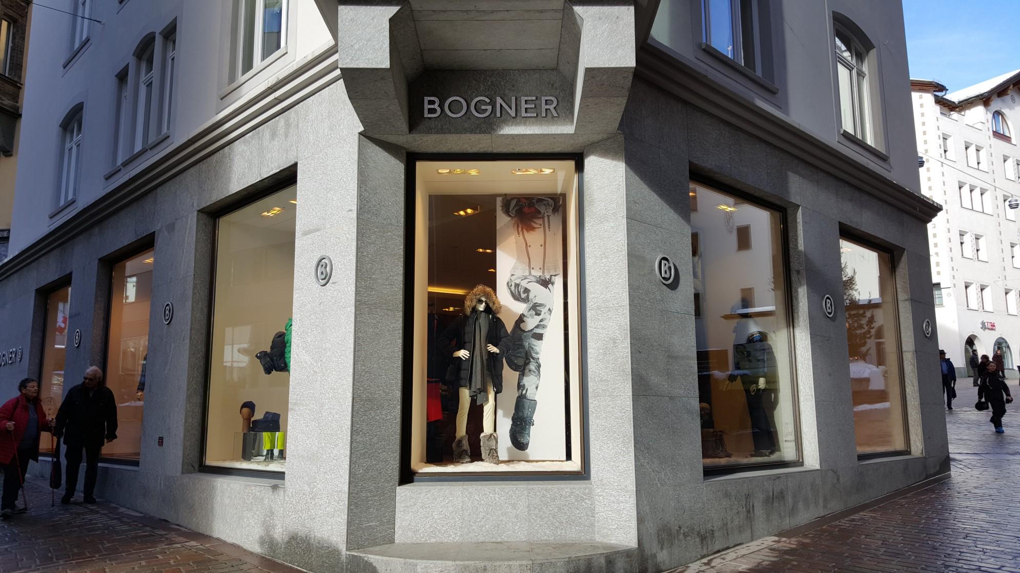 Negozio Bogner in Saint Moritz con marmo della valmalenco
