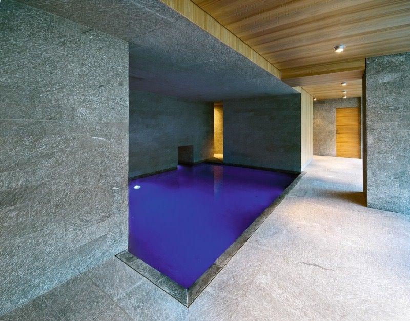Hotel Alpenhof - Austria - area benessere con piscina e pavimentazione in marmo