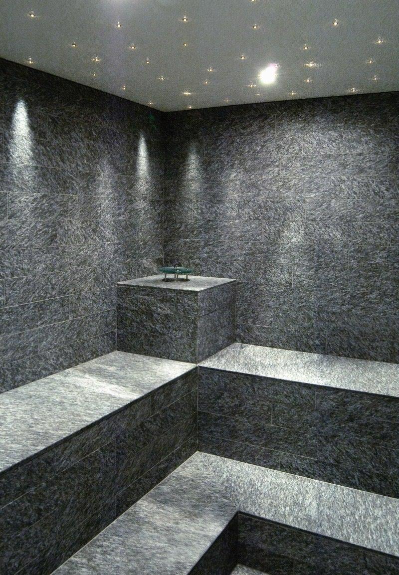 Hotel Alpenhof - Austria - area benessere umida in marmo della Valmalenco