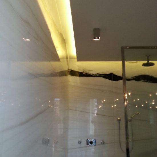 Pareti in marmo presso Grand Hotel Tremezzo