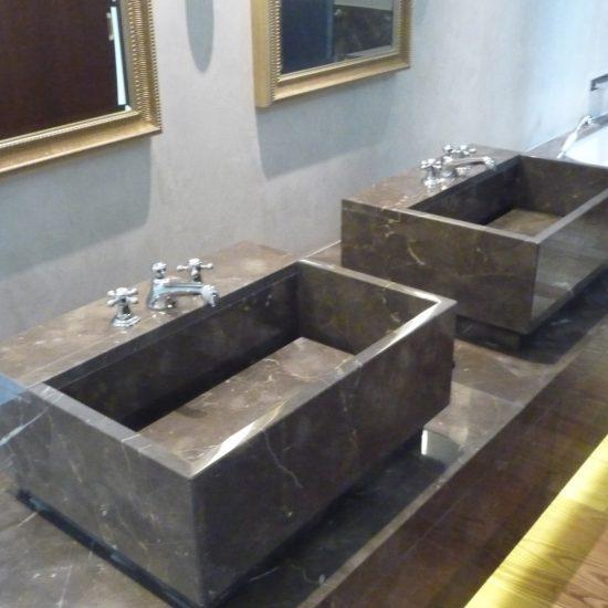 Grand Hotel Tremezzo: il marmo nelle camere d'albergo