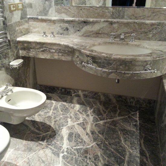 Sanitari e piano bagno dell'Grand Hotel Tremezzo.