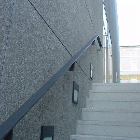 scale in marmo della Valmalenco per l'università Salisburgo