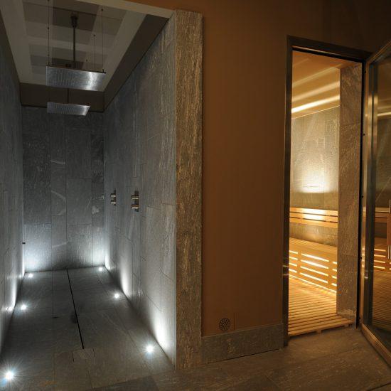 Area Relax realizzata in Marmo