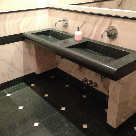 Bagni e rivestimenti in marmo