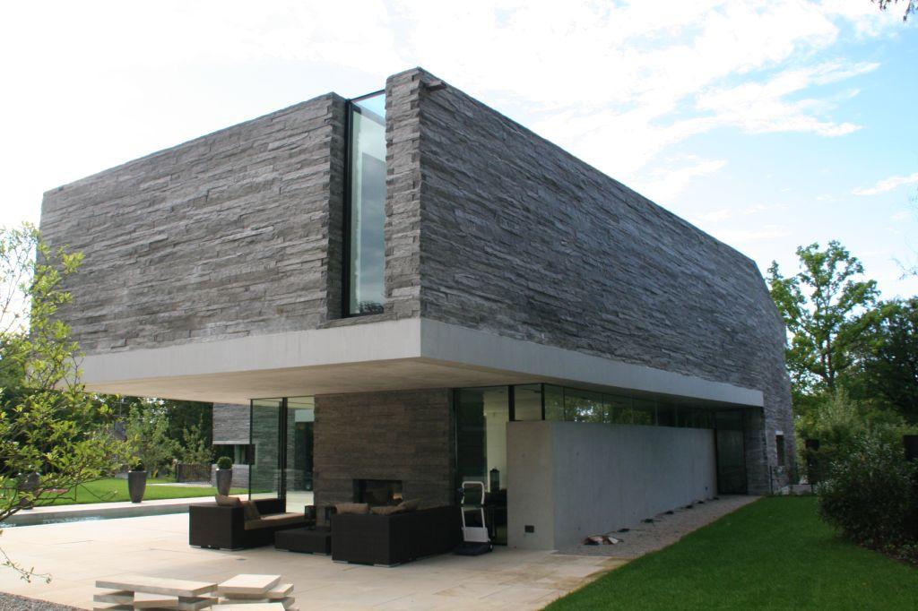HouseM a Grunwald - Germany - edificio con pareti in pietra naturale della Valmalenco