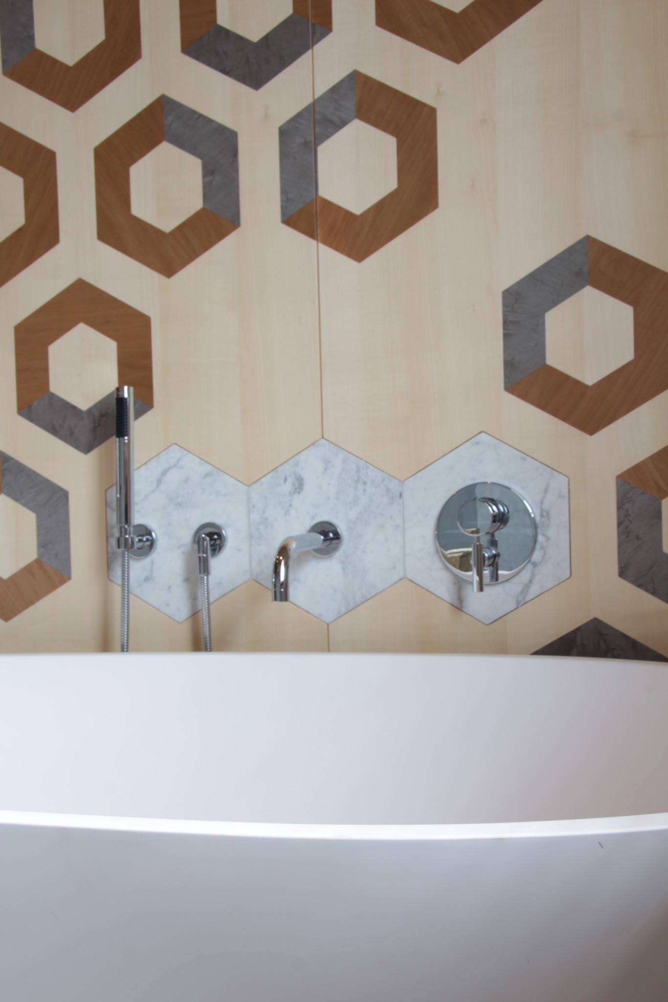 Marmo in Valmalenco: dettaglio in abitazione privata, zona bagno