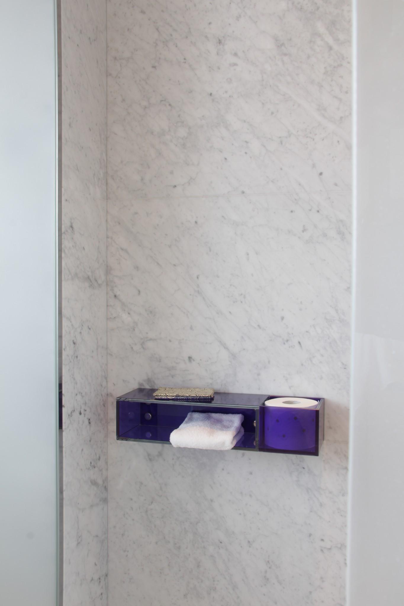 La Parete realizzata in marmo della Valmalenco