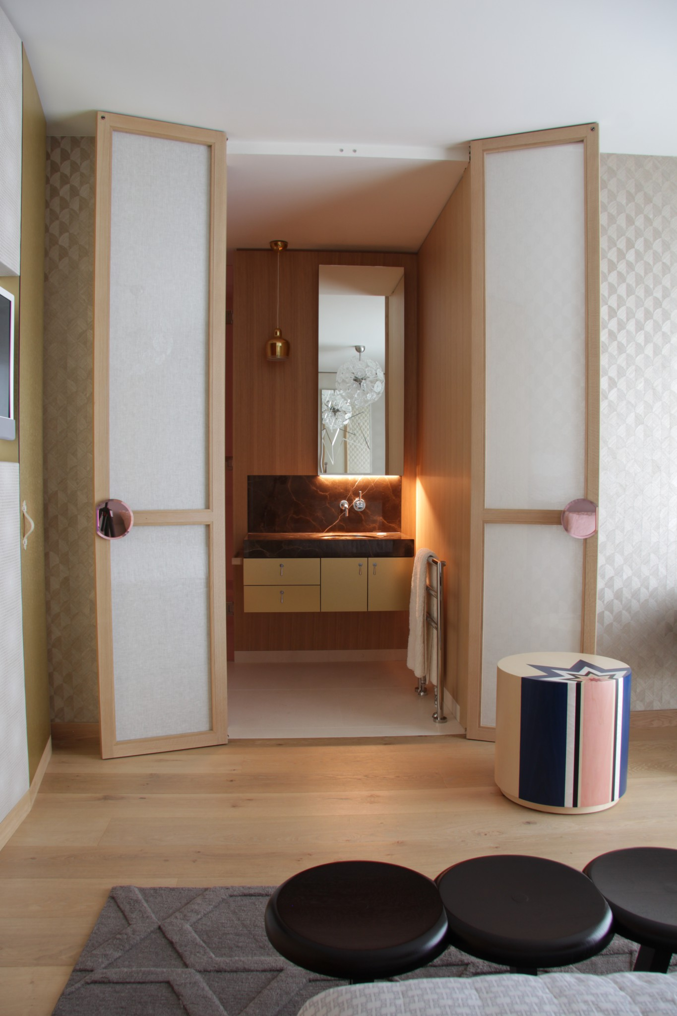 Legno e marmo della Valmalenco in bagno