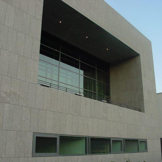 Università a Salisburgo - edificio in marmo e graniti della Valmalenco