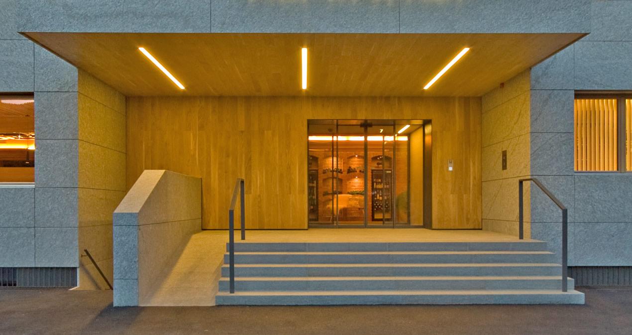 Hotel Alpenhof - Austria - entrata zona benessere realizzato in marmo Valmalenco