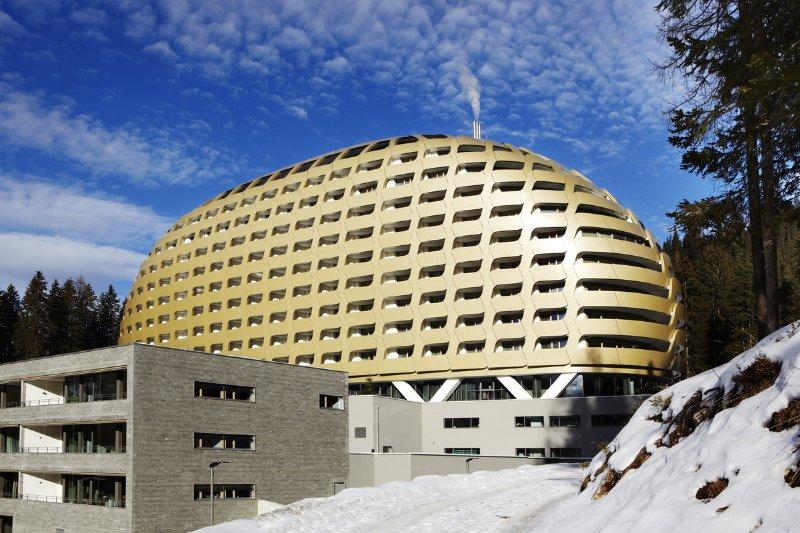 Esterno dell'hotel Intercontinental a Davos